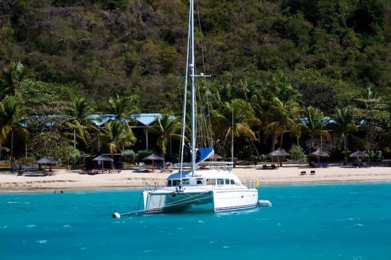 Прогулка на яхте остров Мартиника
